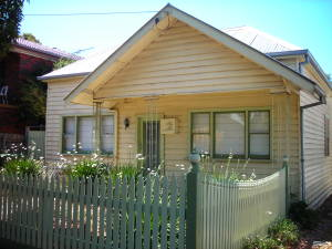 Weatherboard home in Thornbury Melbourne