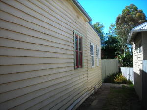 Weatherboard home in need of renovation